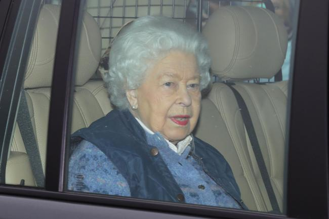 Queen Elizabeth II leaves Buckingham Palace, London, for Windsor Castle to socially distance herself amid the coronavirus pandemic. Photo credit should read: Aaron Chown/PA Wire