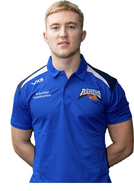 Barrow Raiders half-back Jake Carter has joined Whitehaven on a month's loan